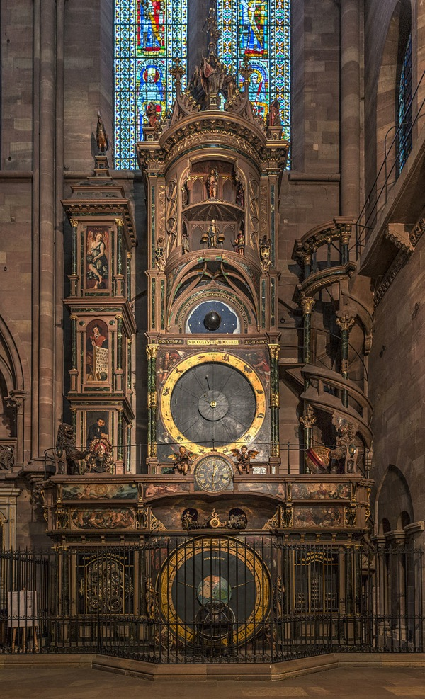 horloge-astronomique-celibataires-strasbourg
